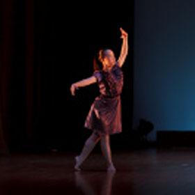 Evening work (dance) of Christine Lau