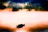 李鑒泉攝影作品《輕舟搖蕩水雲間》