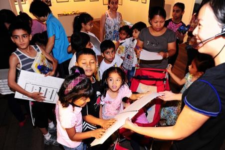 「藝無疆」大匯展設有導賞團,向不同社群推廣展能藝術及藝術通達。