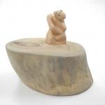 劉志強陶瓷作品《換個角度看世界》