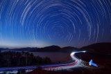 李業福攝影作品《東壩星軌》
