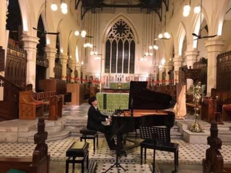 李軒鋼琴演出相片