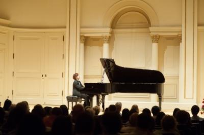 李昇獲邀前往美國紐約卡內基大廳演出